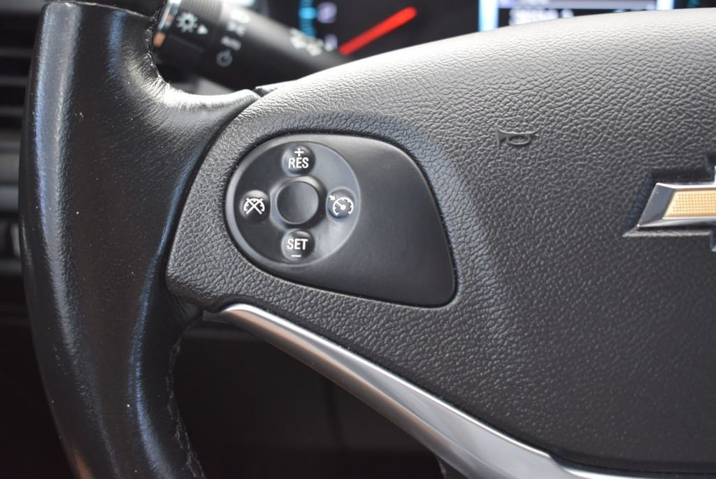 2017 Chevrolet Impala 4dr Sedan LT w/1LT - 18439606 - 19