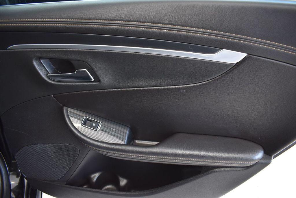 2017 Chevrolet Impala 4dr Sedan LT w/1LT - 18439606 - 23