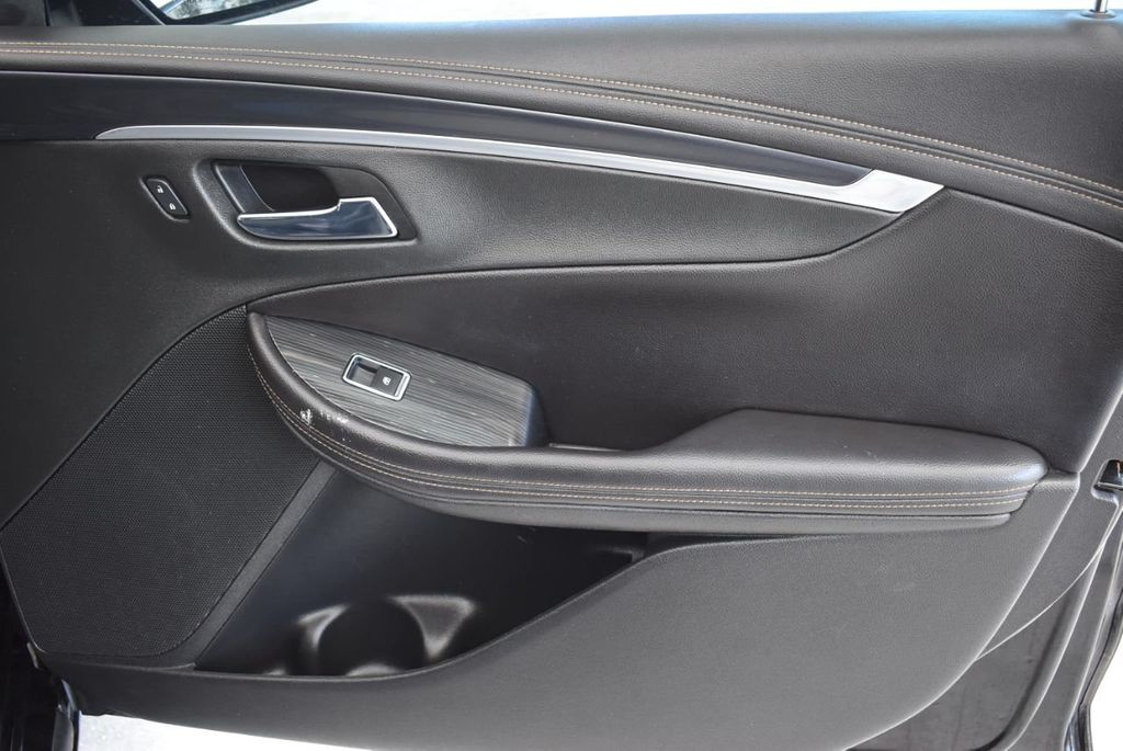 2017 Chevrolet Impala 4dr Sedan LT w/1LT - 18439606 - 24