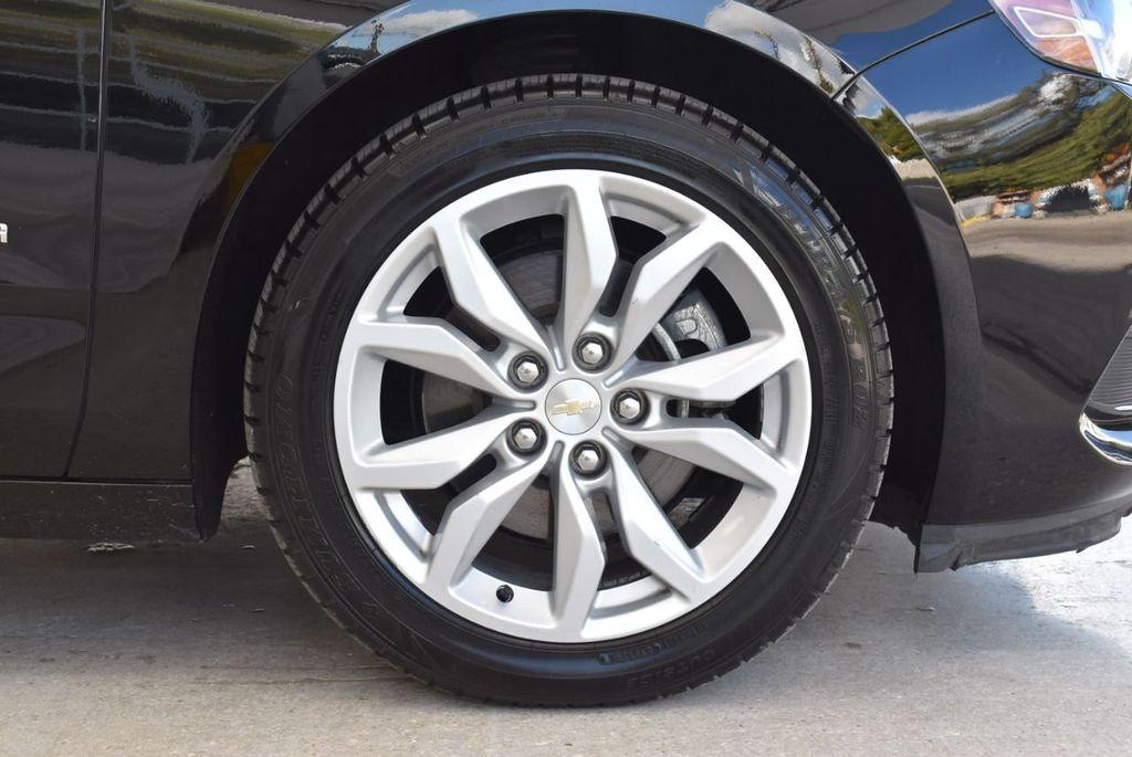 2017 Chevrolet Impala 4dr Sedan LT w/1LT - 18439606 - 8