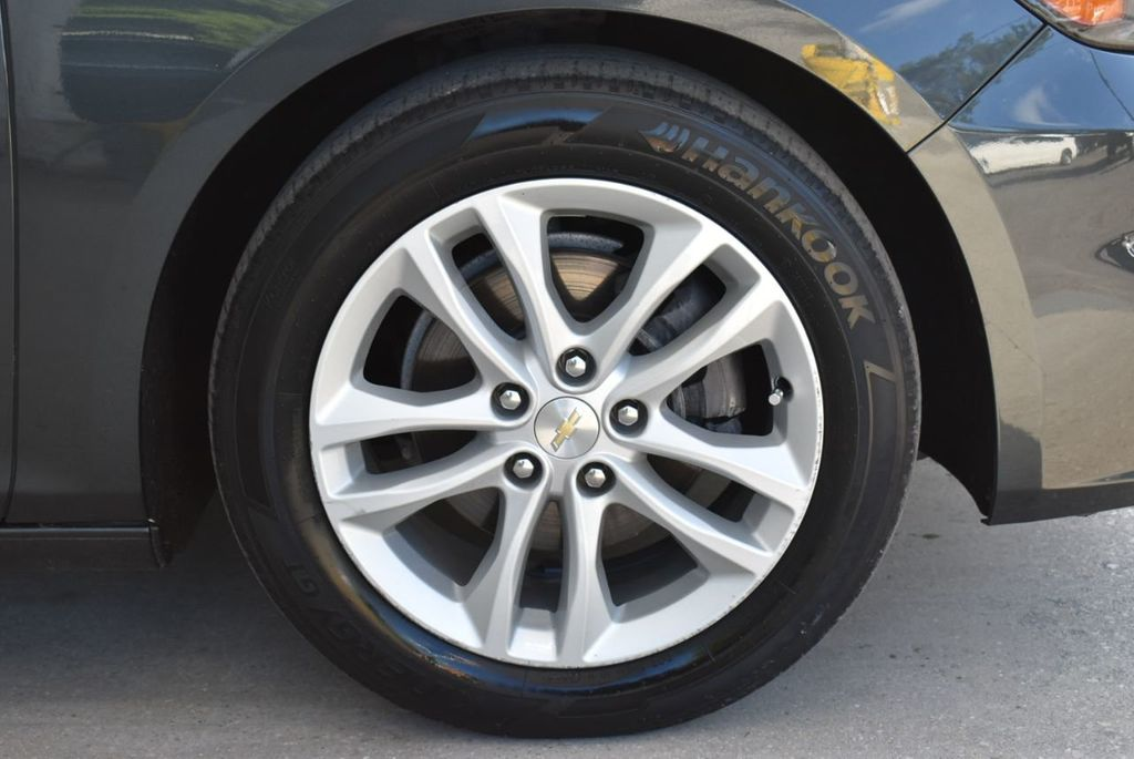 2017 Chevrolet Malibu 4dr Sedan LT w/1LT - 18185688 - 9