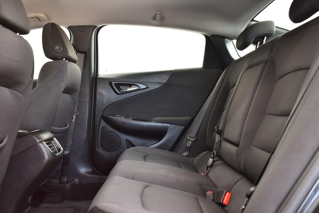 2017 Chevrolet Malibu 4dr Sedan LT w/1LT - 18185688 - 10