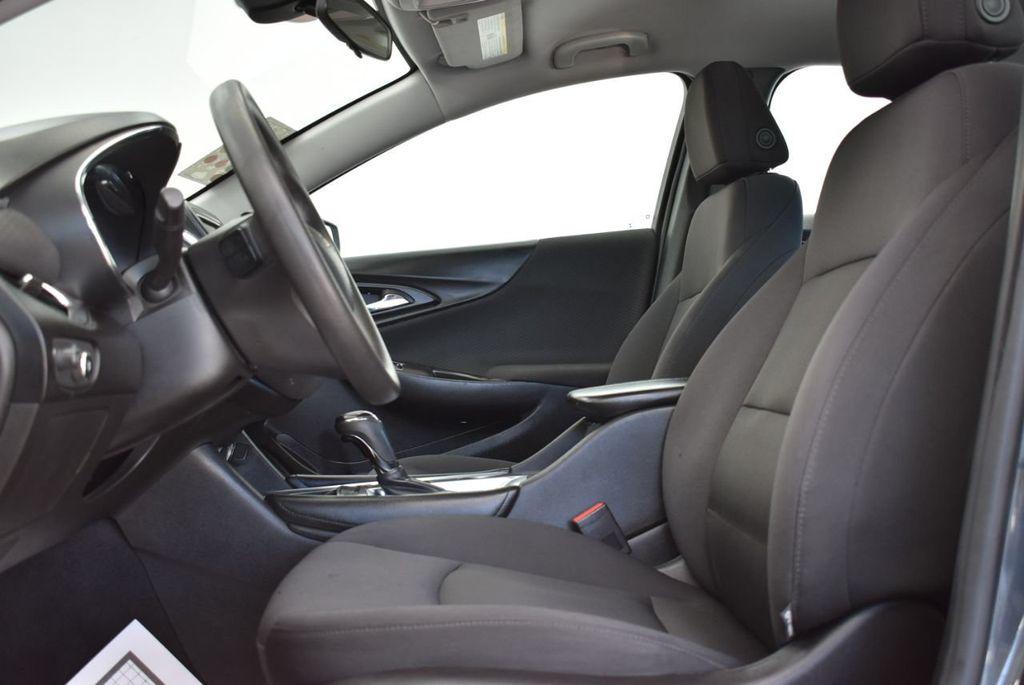 2017 Chevrolet Malibu 4dr Sedan LT w/1LT - 18185688 - 12