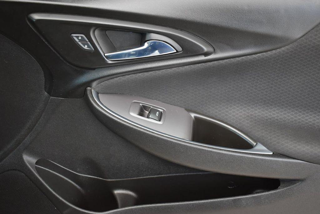 2017 Chevrolet Malibu 4dr Sedan LT w/1LT - 18185688 - 15