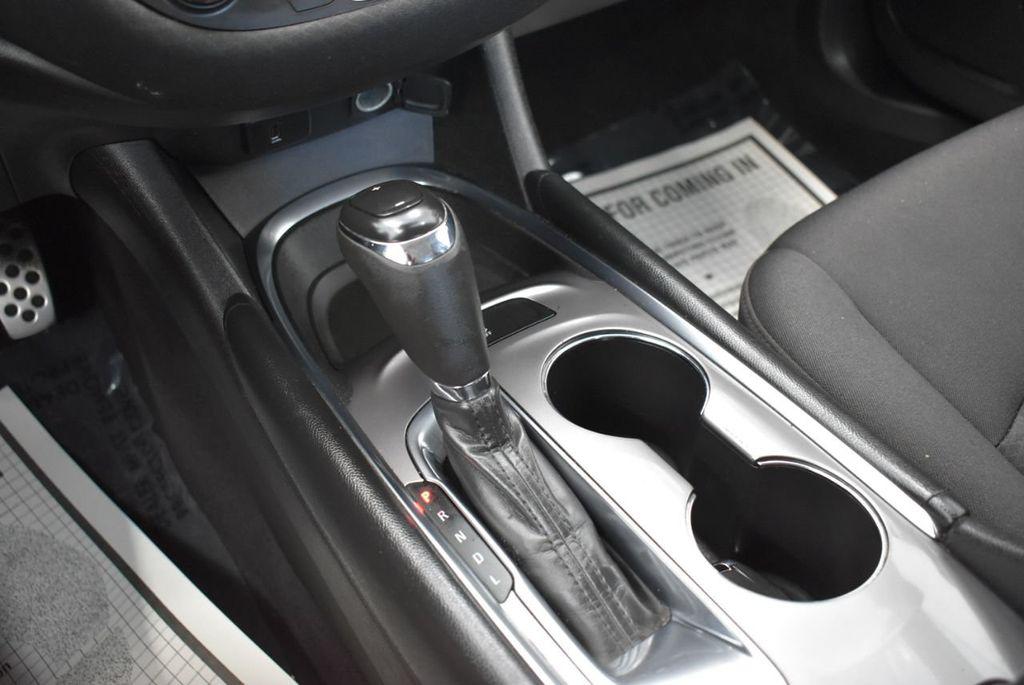 2017 Chevrolet Malibu 4dr Sedan LT w/1LT - 18185688 - 23