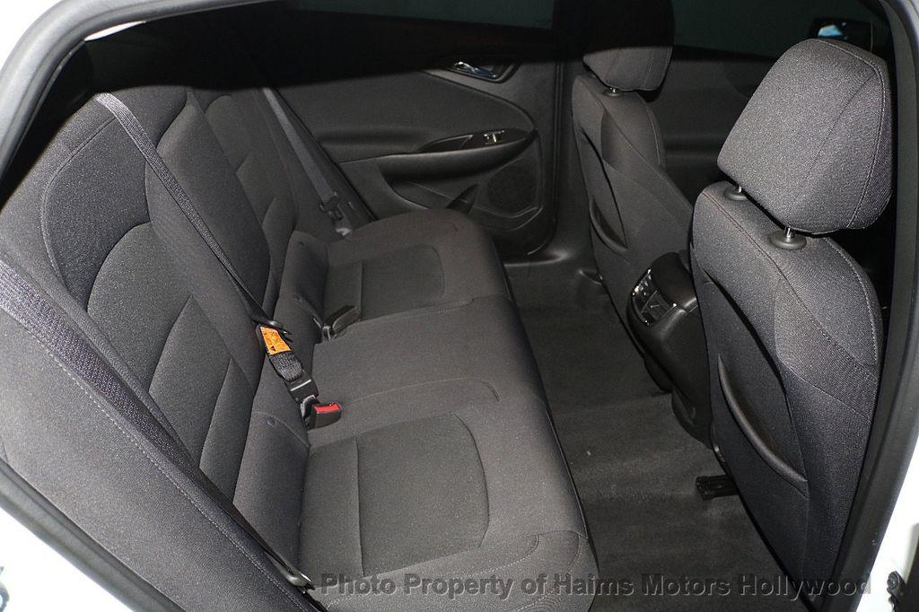 2017 Chevrolet Malibu 4dr Sedan LT w/1LT - 17986955 - 14