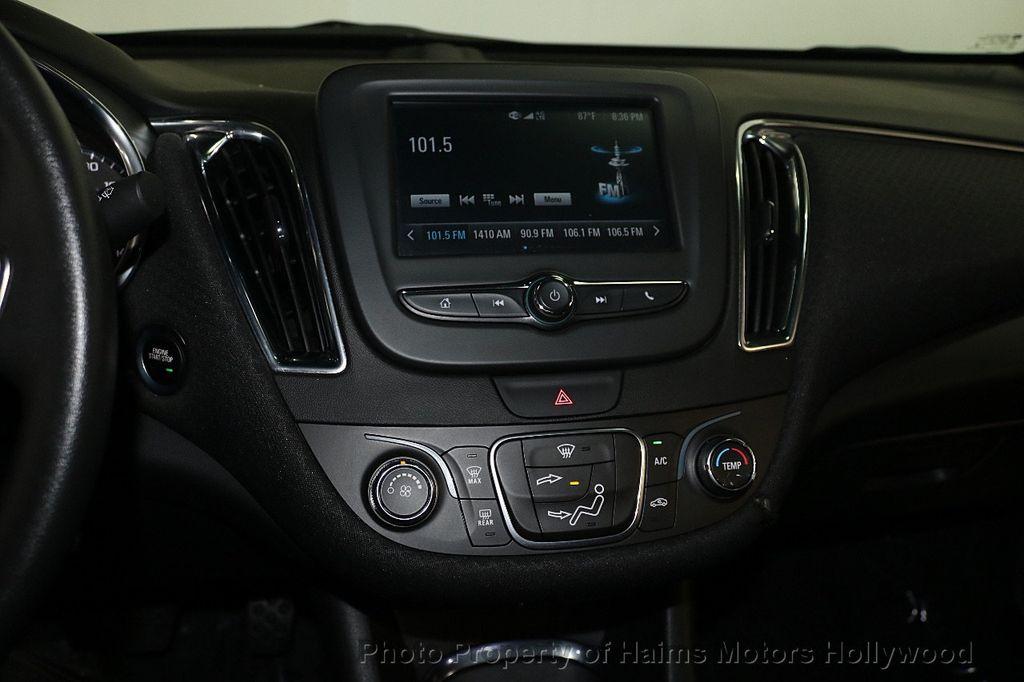 2017 Chevrolet Malibu 4dr Sedan LT w/1LT - 17986955 - 18