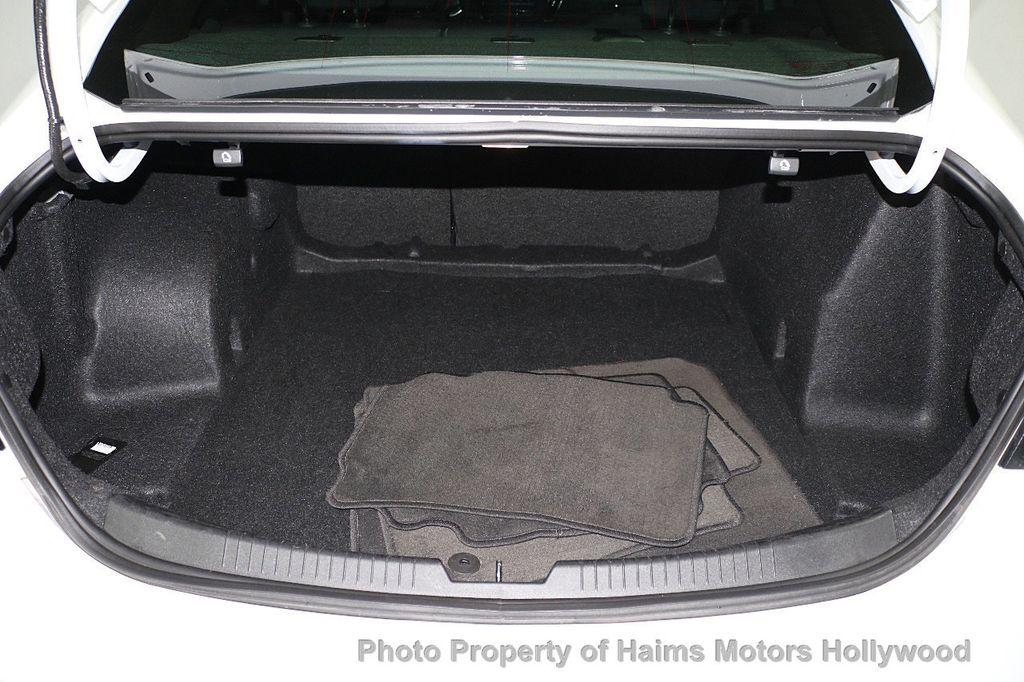 2017 Chevrolet Malibu 4dr Sedan LT w/1LT - 17986955 - 8