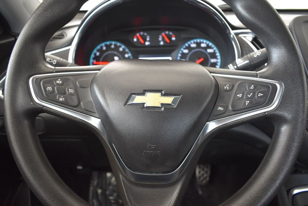 2017 Chevrolet Malibu 4dr Sedan LT w/1LT - 18268270 - 17