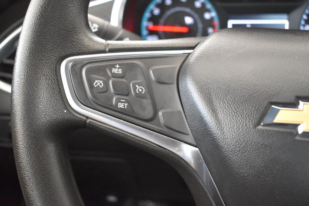 2017 Chevrolet Malibu 4dr Sedan LT w/1LT - 18268270 - 19