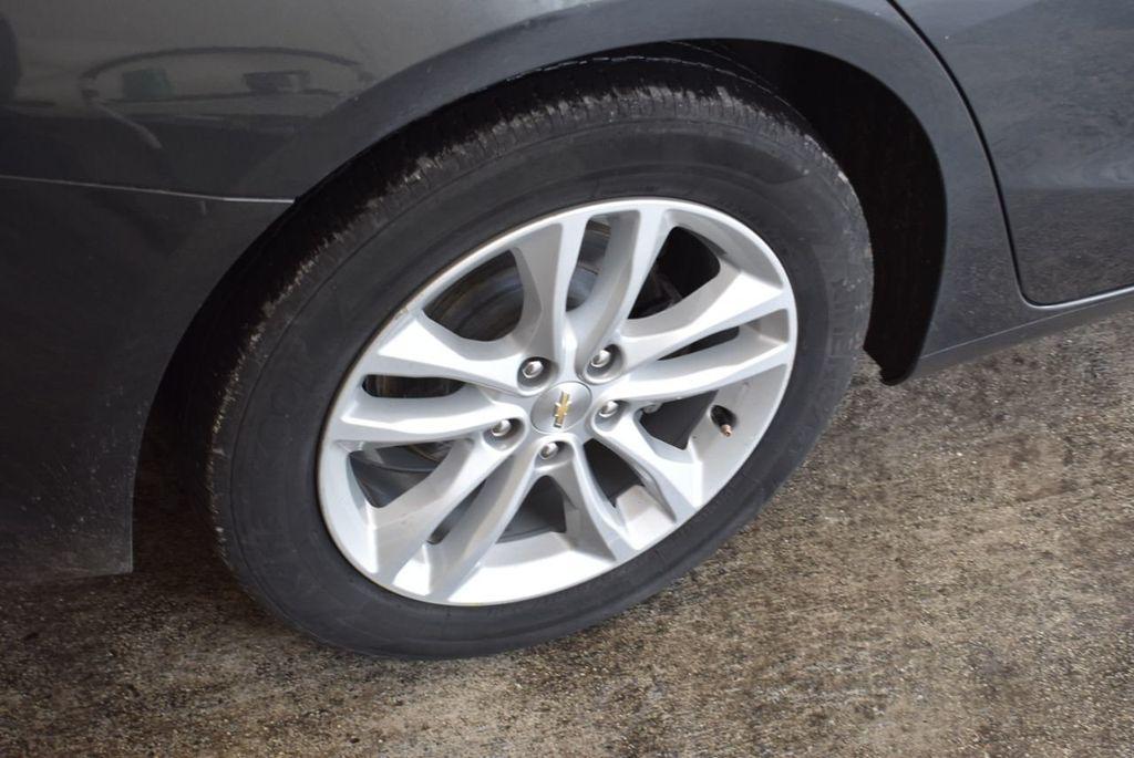 2017 Chevrolet Malibu 4dr Sedan LT w/1LT - 18290985 - 9