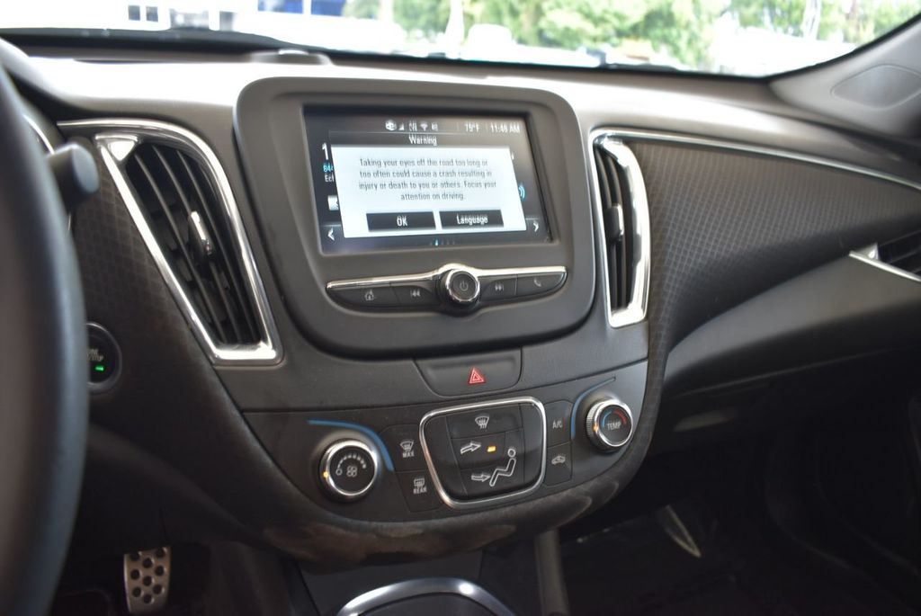 2017 Chevrolet Malibu 4dr Sedan LT w/1LT - 18290985 - 13