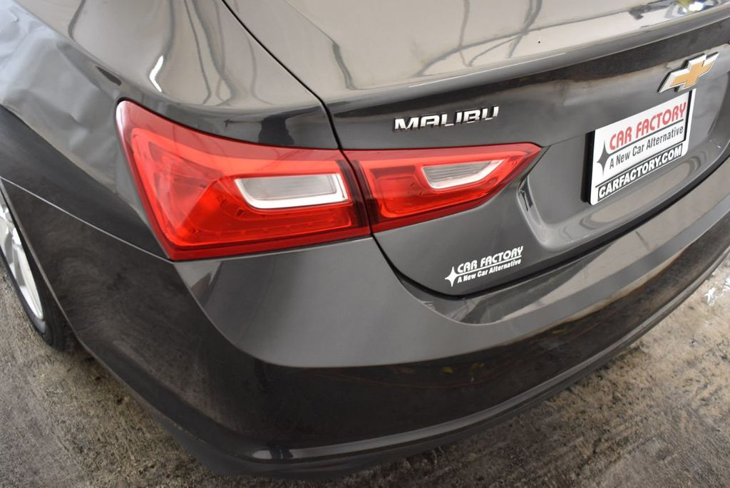 2017 Chevrolet Malibu 4dr Sedan LT w/1LT - 18290985 - 6