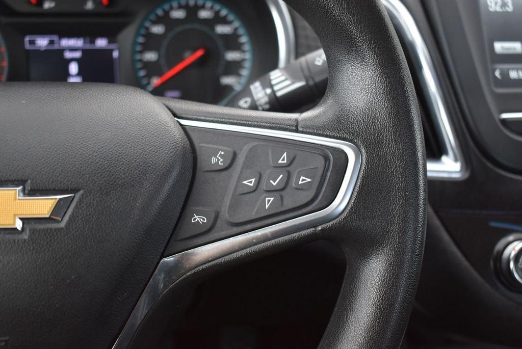 2017 Chevrolet Malibu 4dr Sedan LT w/1LT - 18716090 - 20