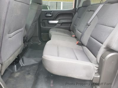 """2017 Chevrolet Silverado 1500 4WD Crew Cab 143.5"""" LT w/1LT - Click to see full-size photo viewer"""