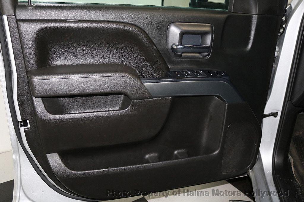 "2017 Chevrolet Silverado 1500 4WD Double Cab 143.5"" LT w/1LT - 17509735 - 9"