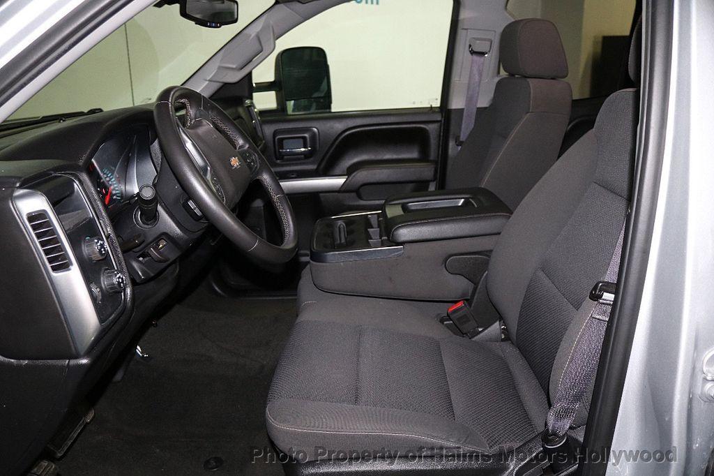 "2017 Chevrolet Silverado 1500 4WD Double Cab 143.5"" LT w/1LT - 17509735 - 16"