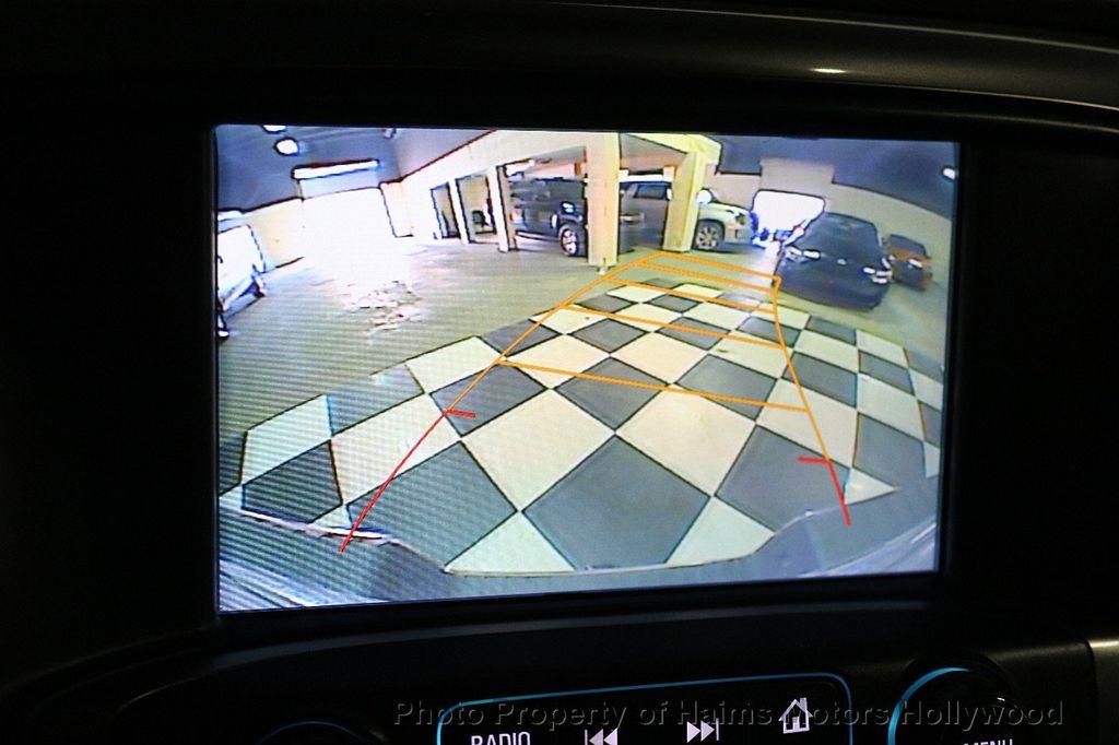 "2017 Chevrolet Silverado 1500 4WD Double Cab 143.5"" LT w/1LT - 17509735 - 30"