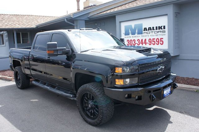 2017 used chevrolet silverado 2500hd 4wd crew cab 153 7 ltz at maaliki motors serving aurora. Black Bedroom Furniture Sets. Home Design Ideas