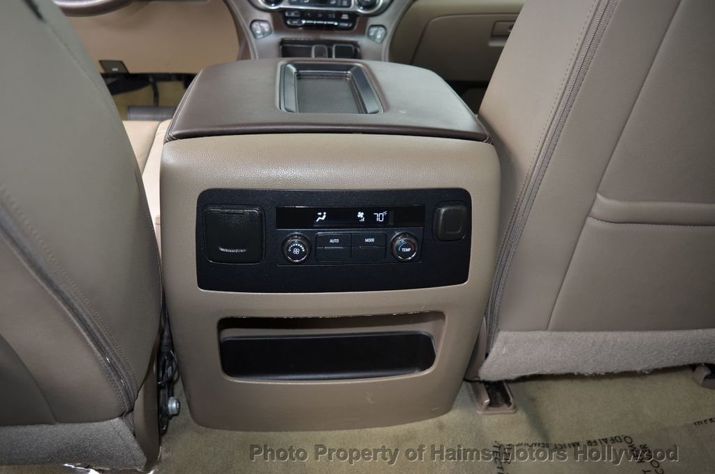 2017 Chevrolet Suburban 2WD 4dr 1500 LT - 18220297 - 38