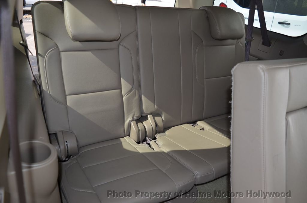 2017 Chevrolet Suburban 2WD 4dr 1500 LT - 18220297 - 39