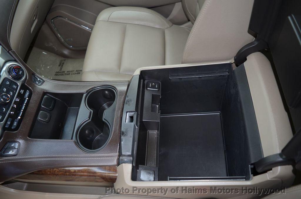 2017 Chevrolet Suburban 2WD 4dr 1500 LT - 18220297 - 44
