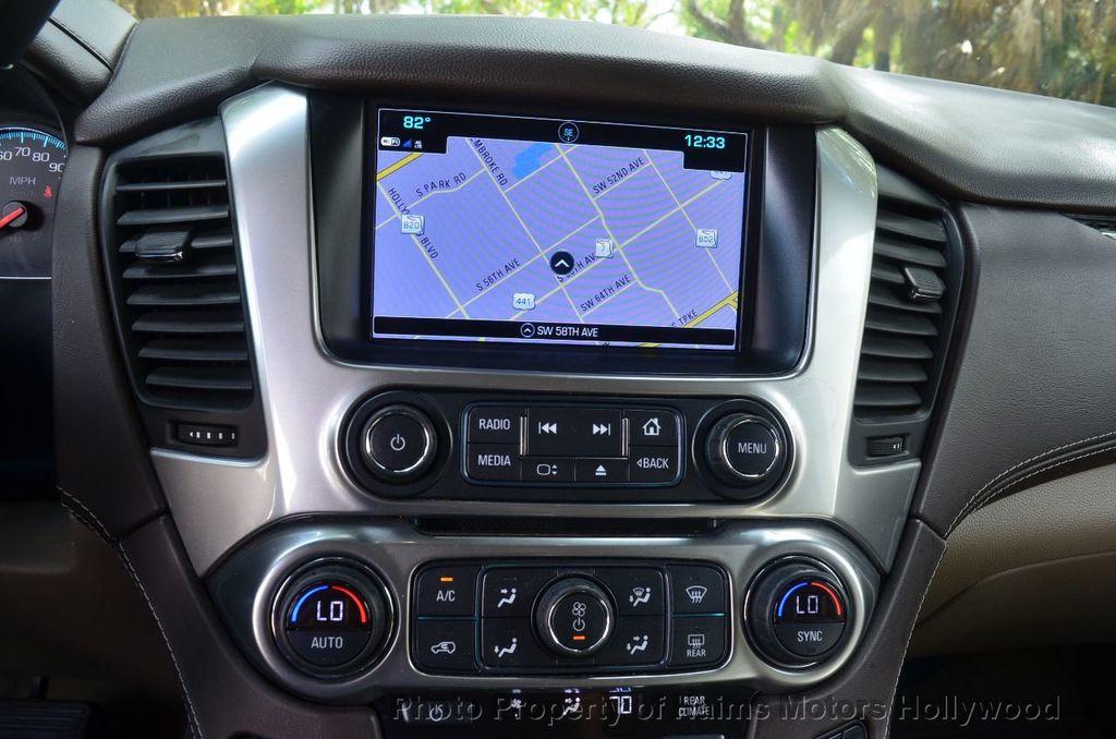 2017 Chevrolet Suburban 2WD 4dr 1500 LT - 18220297 - 52