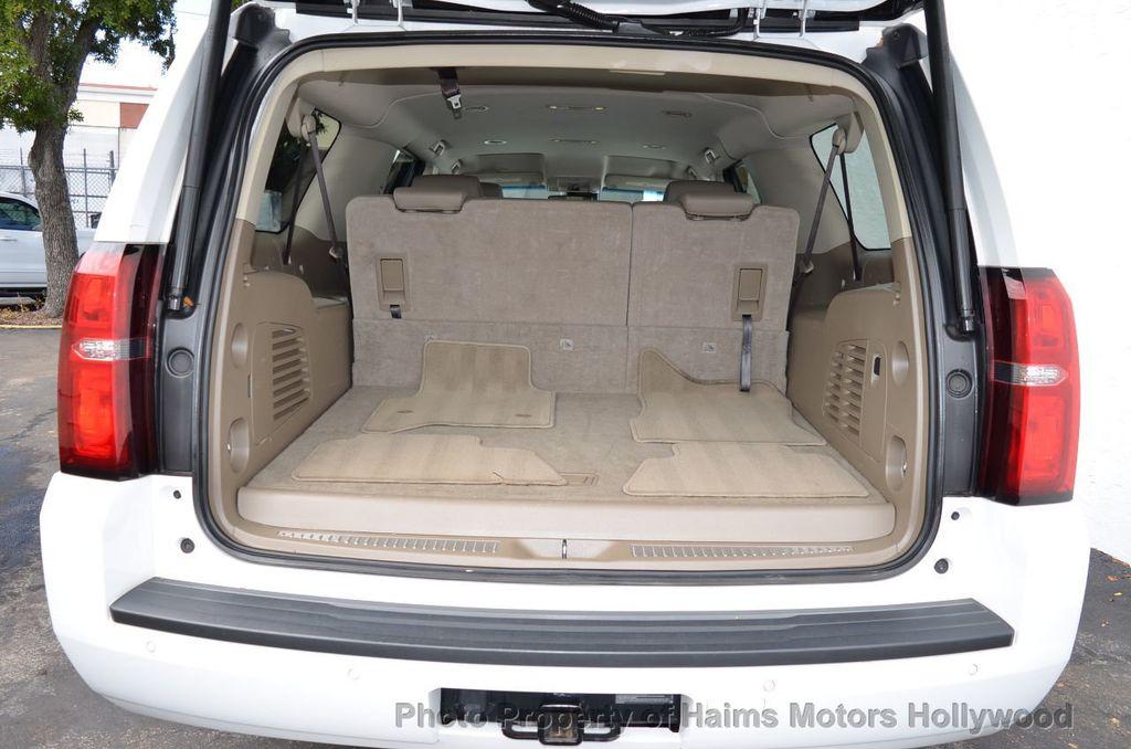 2017 Chevrolet Suburban 2WD 4dr 1500 LT - 18220297 - 62