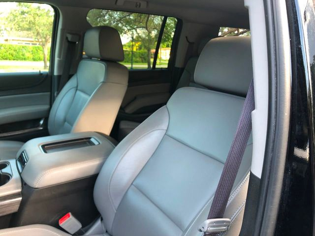 2017 Chevrolet Suburban 2WD 4dr 1500 LT - Click to see full-size photo viewer