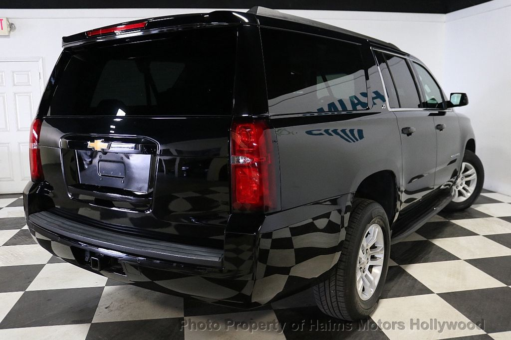 2017 Chevrolet Suburban 4WD 4dr 1500 LT - 18116855 - 6