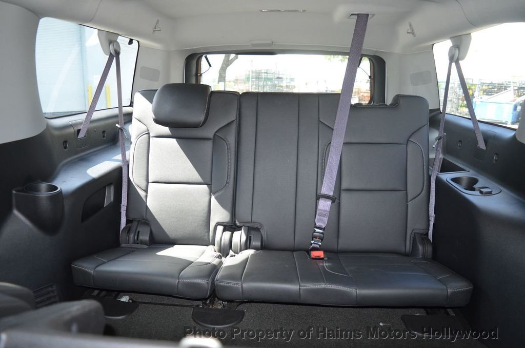 2017 Chevrolet Suburban 4WD 4dr 1500 LT - 18141769 - 14