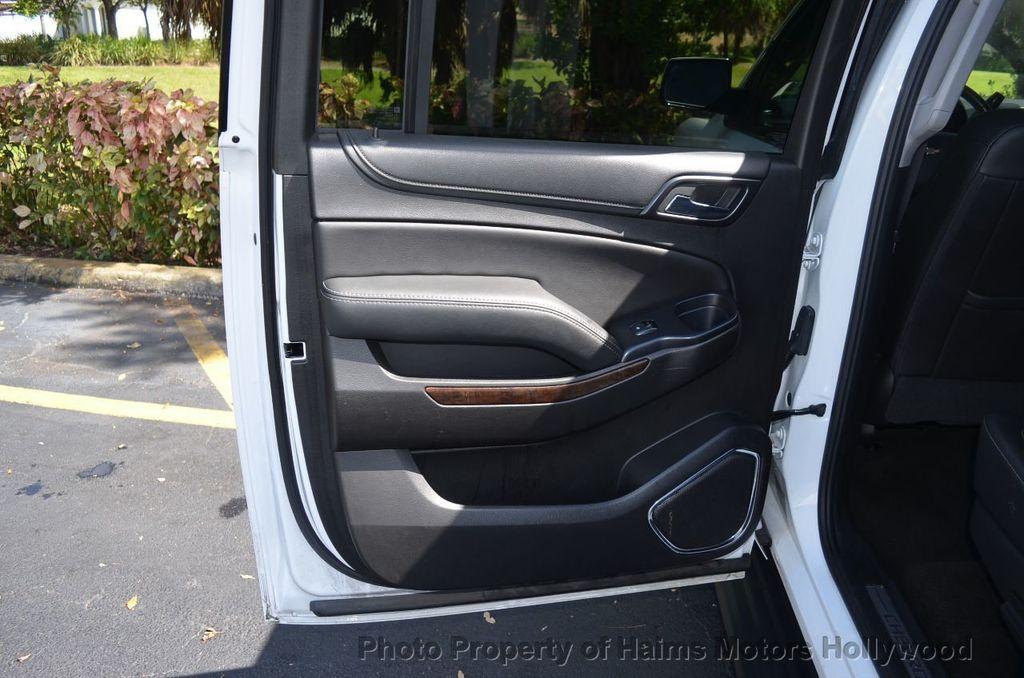 2017 Chevrolet Suburban 4WD 4dr 1500 LT - 18141769 - 18