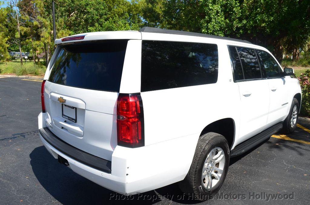 2017 Chevrolet Suburban 4WD 4dr 1500 LT - 18141769 - 8
