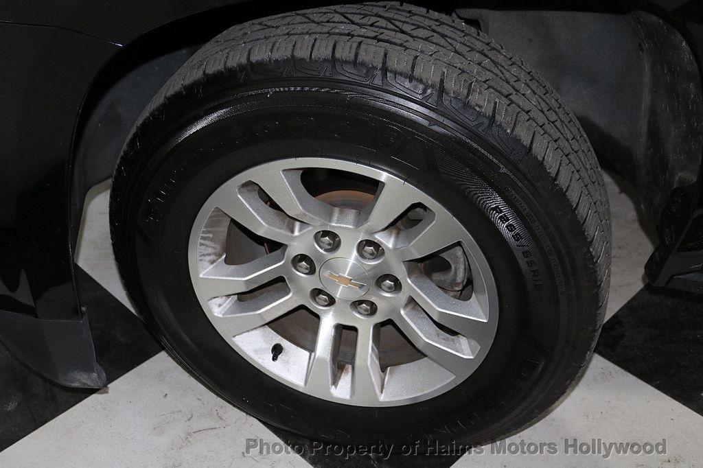 2017 Chevrolet Suburban 4WD 4dr 1500 LT - 18146670 - 35