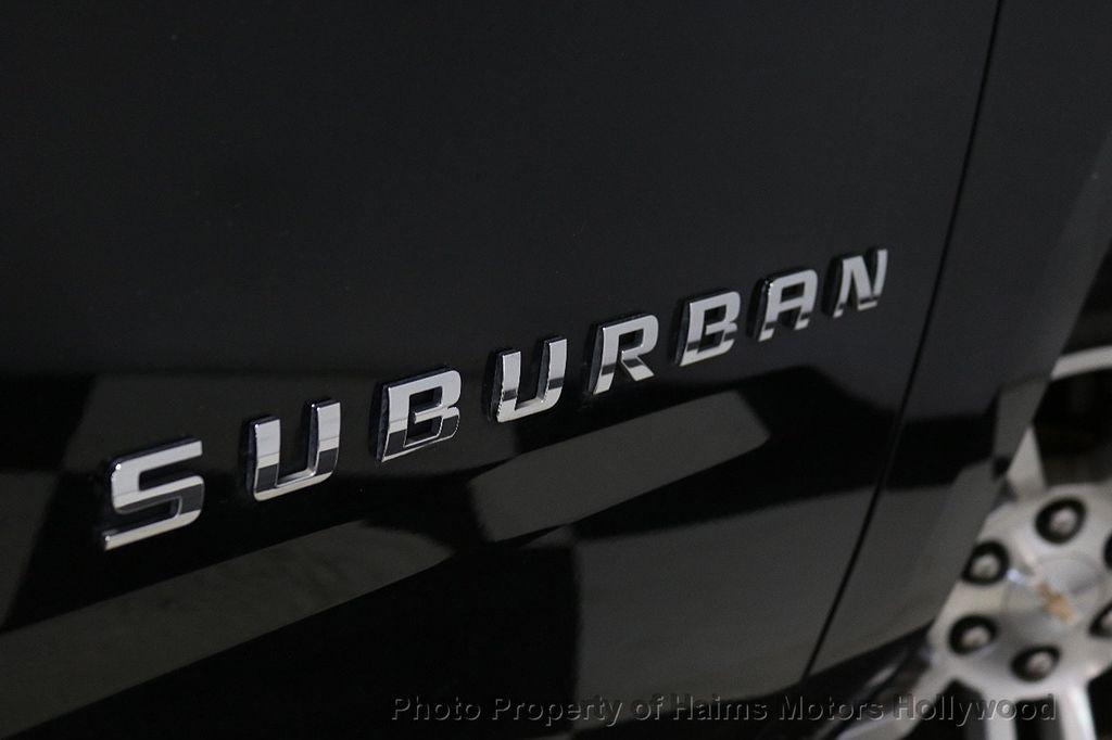 2017 Chevrolet Suburban 4WD 4dr 1500 LT - 18146670 - 8