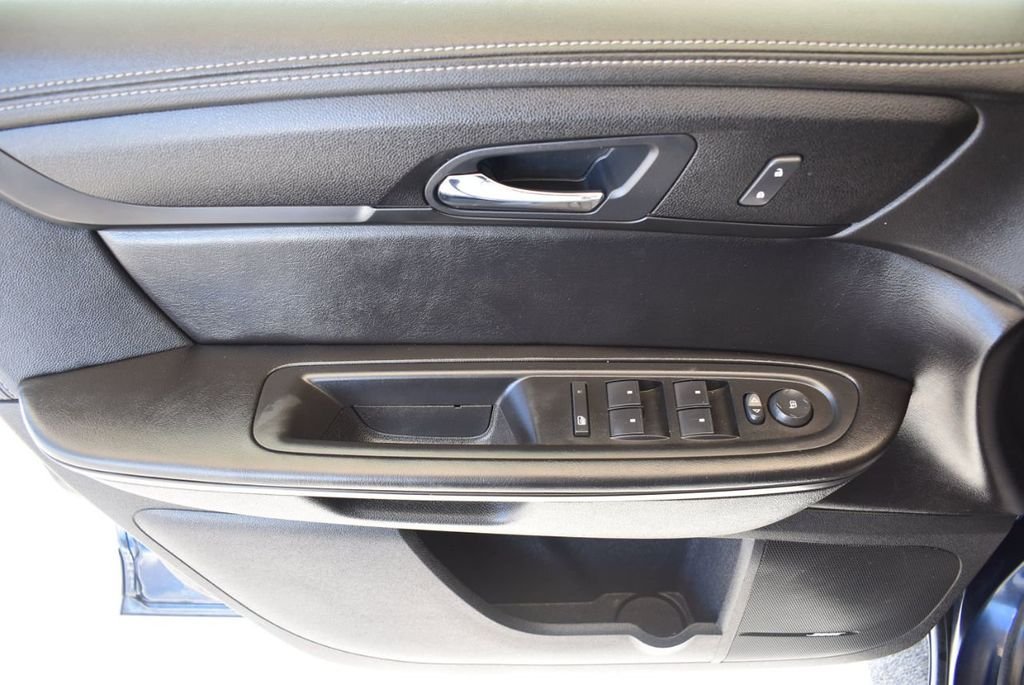 2017 Chevrolet Traverse AWD 4dr LT w/2LT - 18056331 - 15