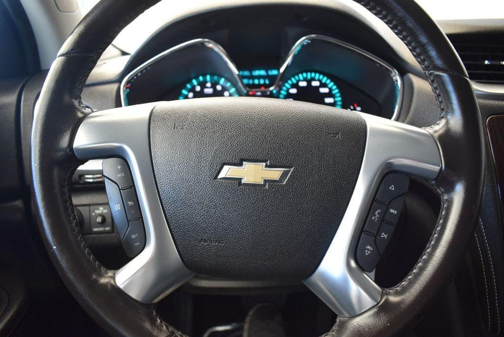 2017 Chevrolet Traverse AWD 4dr LT w/2LT - 18056331 - 17