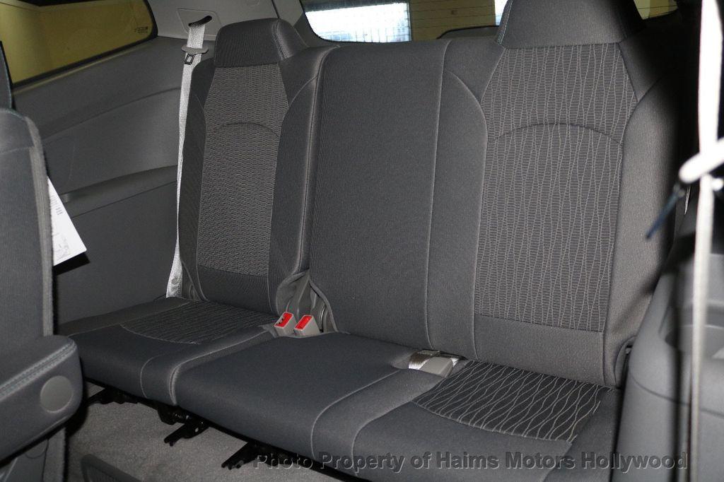 2017 Chevrolet Traverse FWD 4dr LT w/1LT - 17517361 - 16