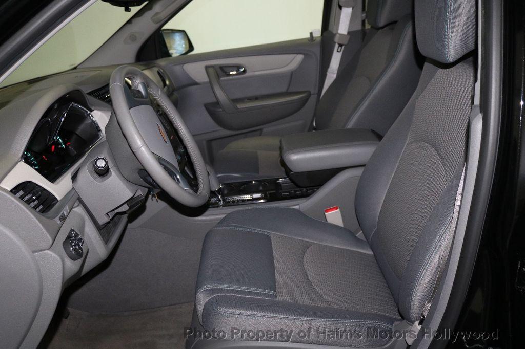 2017 Chevrolet Traverse FWD 4dr LT w/1LT - 17517361 - 18