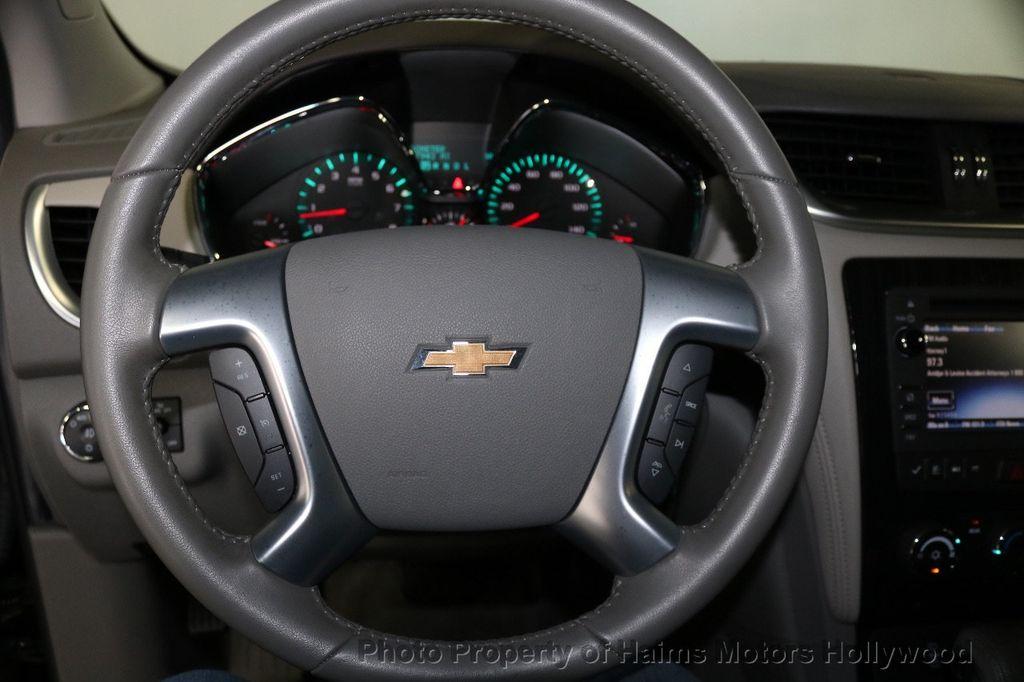 2017 Chevrolet Traverse FWD 4dr LT w/1LT - 17517361 - 27