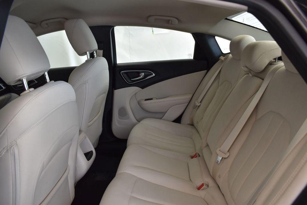 2017 Chrysler 200 200C Platinum AWD - 18078915 - 12