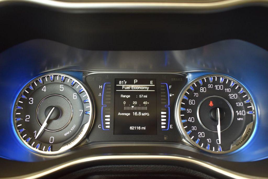 2017 Chrysler 200 200C Platinum AWD - 18078915 - 16