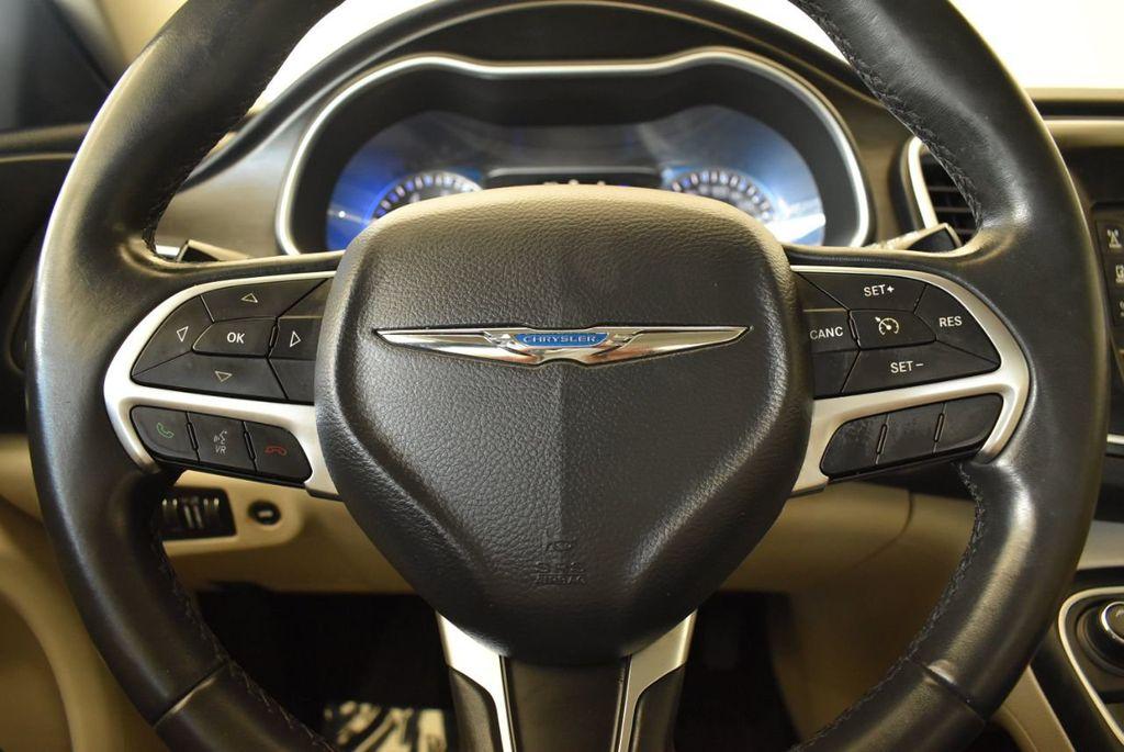 2017 Chrysler 200 200C Platinum AWD - 18078915 - 17
