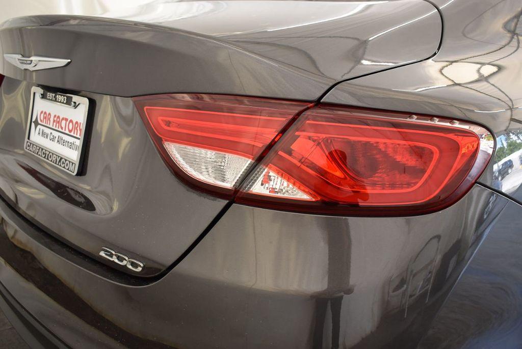 2017 Chrysler 200 200C Platinum AWD - 18078915 - 1