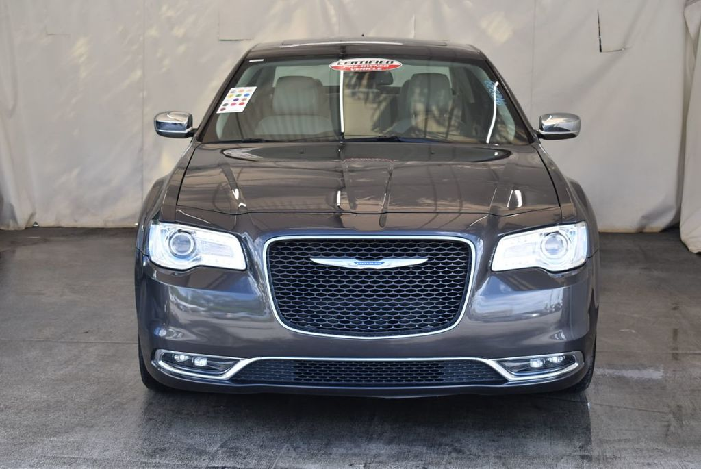 2017 Chrysler 300 300C RWD - 18093617 - 2
