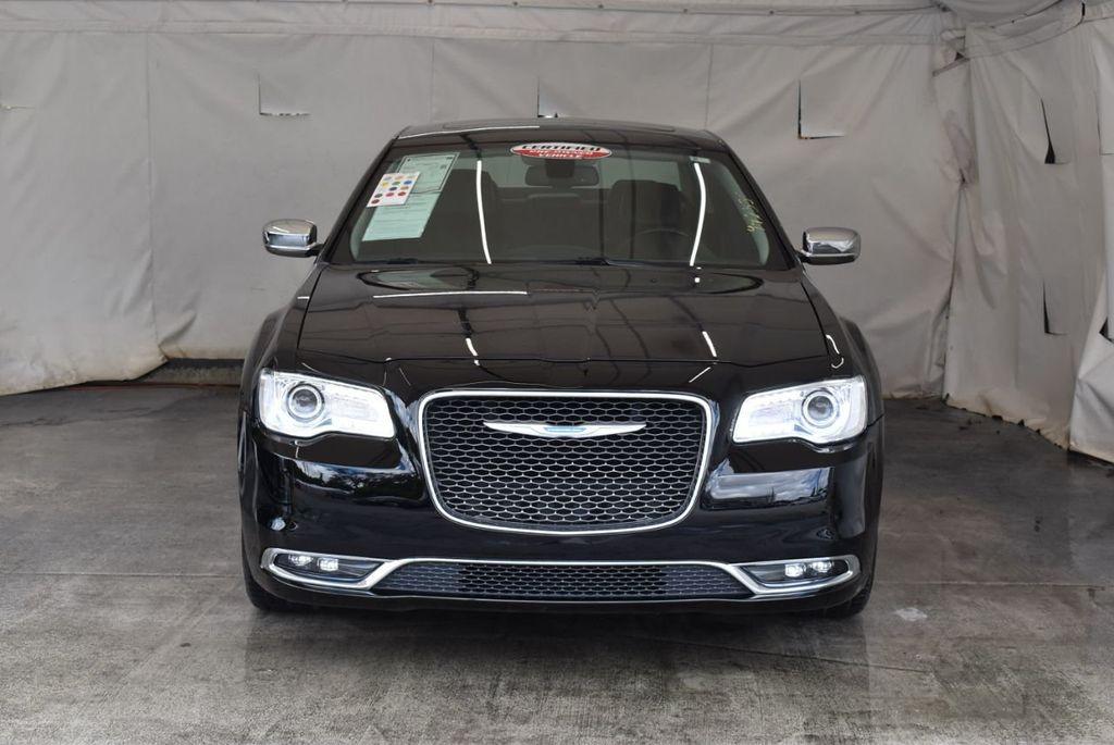 2017 Chrysler 300 300C RWD - 18093618 - 3