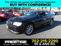 2017 Chrysler 300 - 2C3CCARG8HH566588