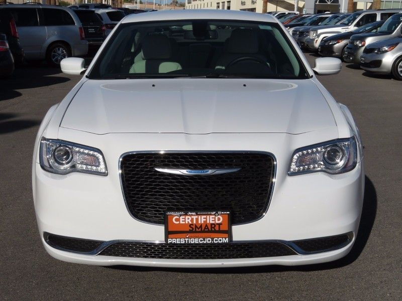 2017 Chrysler 300 Limited RWD - 17128981 - 1