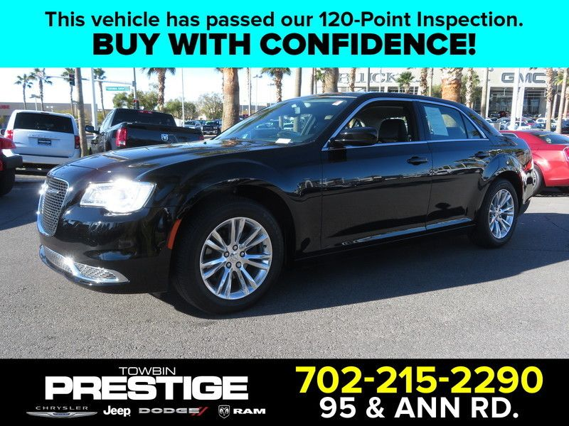 2017 Chrysler 300 Limited RWD - 17408122 - 0