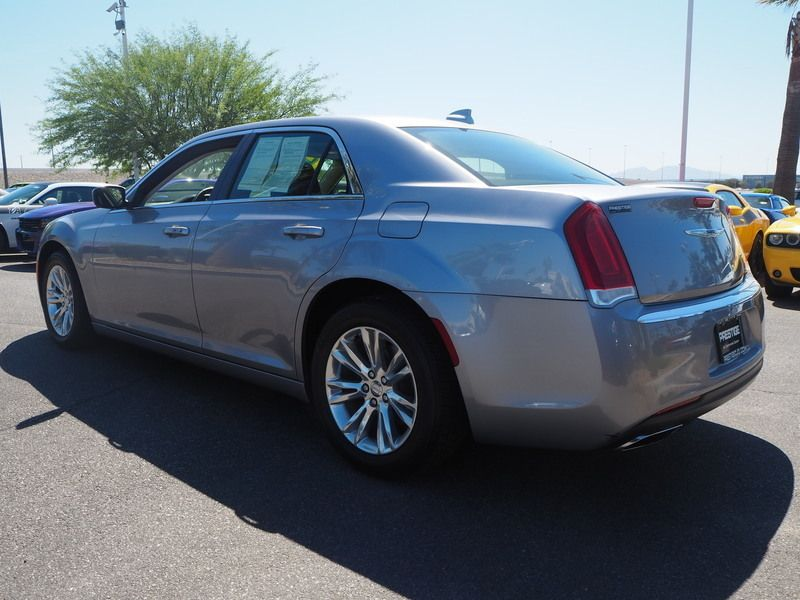 2017 Chrysler 300 Limited RWD - 17685164 - 9